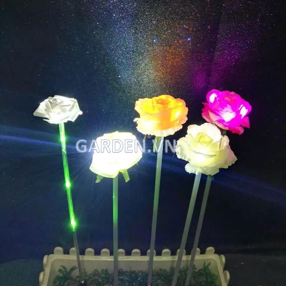 Đèn trang trí hình hoa hồng bằng vải