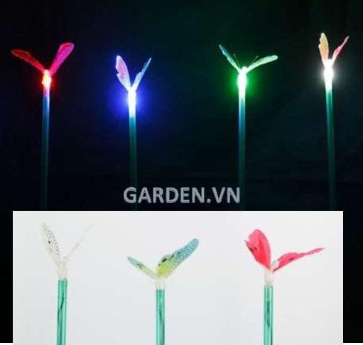 Đèn trang trí sân vườn hình cánh bướm